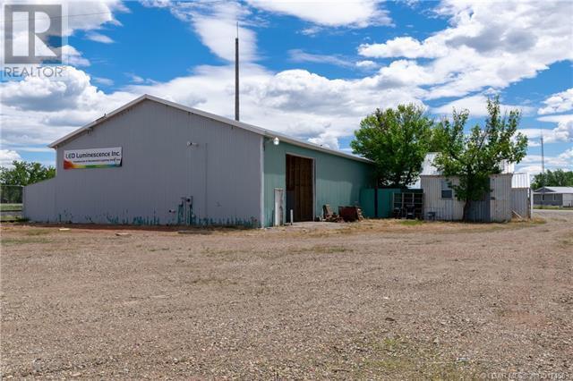 141 Stewart Avenue, Rural Lethbridge County, Alberta  T1J 4P4 - Photo 32 - LD0174583