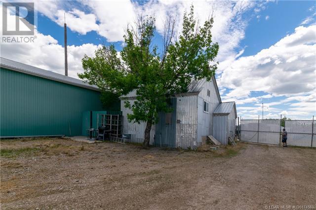 141 Stewart Avenue, Rural Lethbridge County, Alberta  T1J 4P4 - Photo 38 - LD0174583