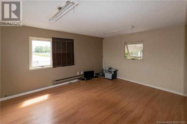 141 Stewart Avenue, Rural Lethbridge County, Alberta  T1J 4P4 - Photo 28 - LD0174583