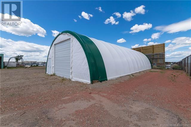 141 Stewart Avenue, Rural Lethbridge County, Alberta  T1J 4P4 - Photo 36 - LD0174583