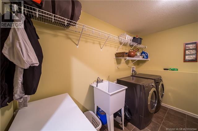 142 Riverland Close W, Lethbridge, Alberta  T1K 5T6 - Photo 28 - LD0192944