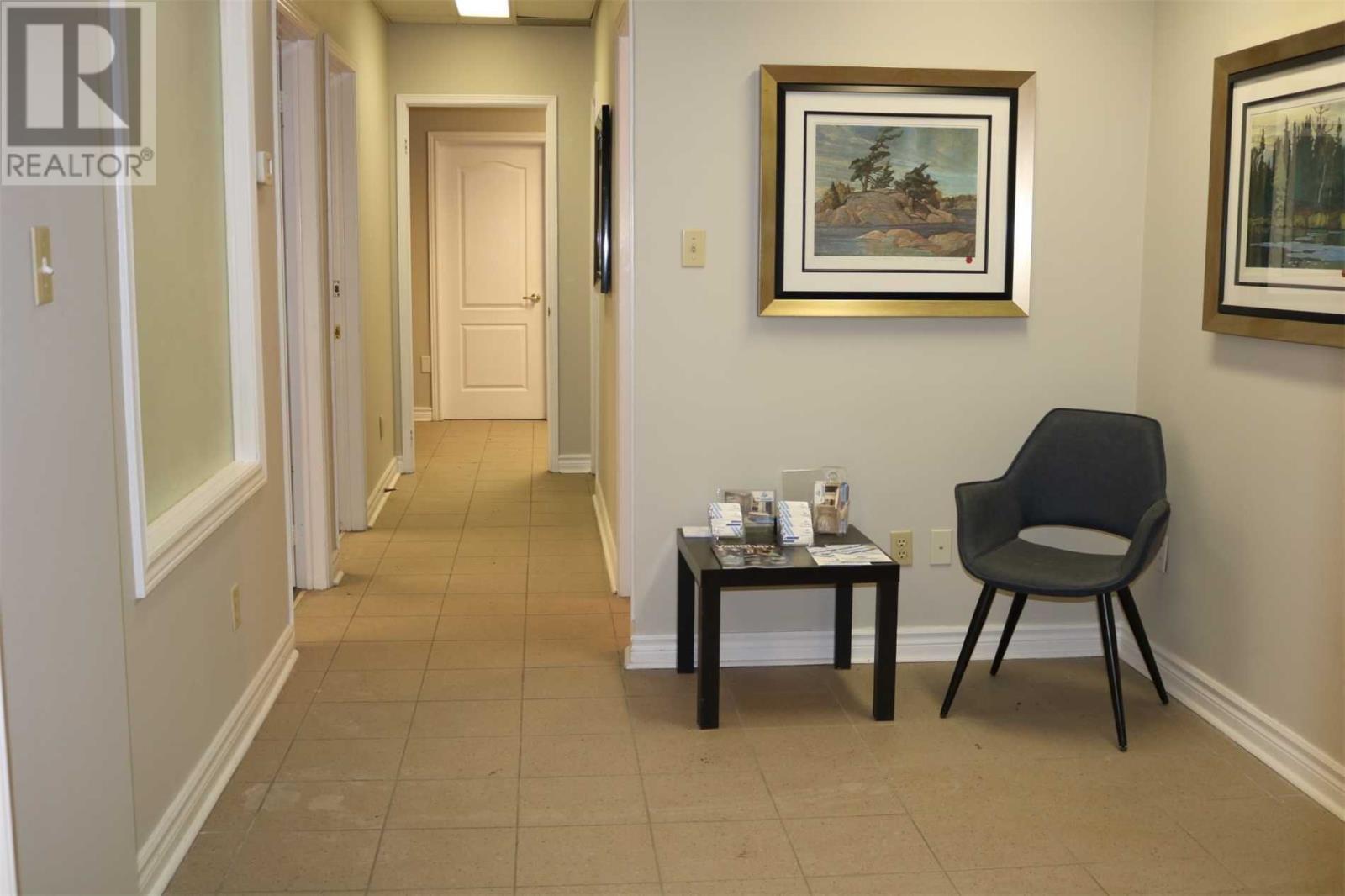 #12 -155 Winges Rd, Vaughan, Ontario  L4L 6C7 - Photo 4 - N4865682