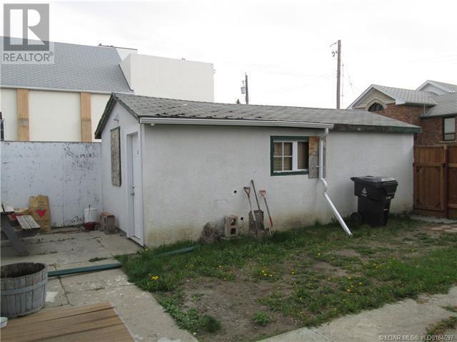 408 12 Street S, Lethbridge, Alberta  T1J 2R4 - Photo 14 - LD0184697