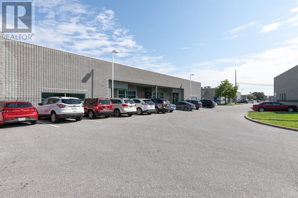 4510 Rhodes Drive Unit# 920, Windsor, Ontario  N8X 5K5 - Photo 3 - 20010196