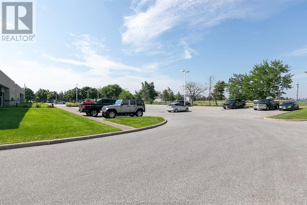 4510 Rhodes Drive Unit# 920, Windsor, Ontario  N8X 5K5 - Photo 4 - 20010196