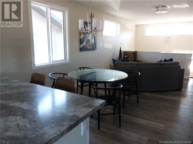 58 Village Crescent, Red Deer, Alberta  T4R 0P3 - Photo 20 - CA0189026