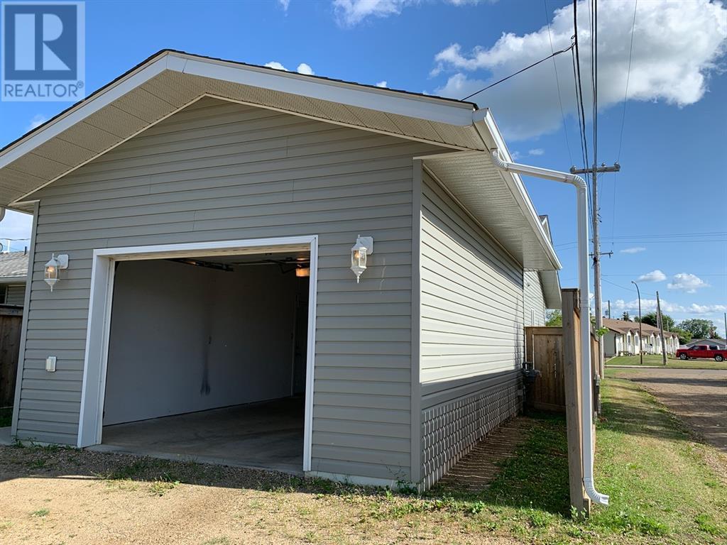 4920 52 Avenue, Grimshaw, Alberta  T0H 1W0 - Photo 18 - GP202357