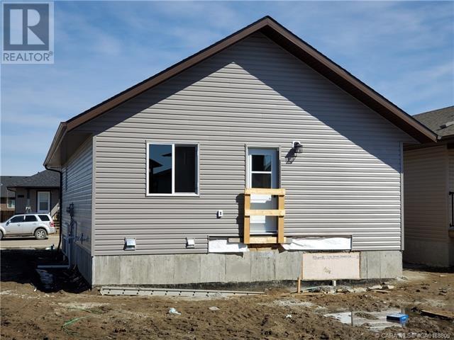 4414 74 Street, Camrose, Alberta  T4V 5C9 - Photo 35 - CA0188805