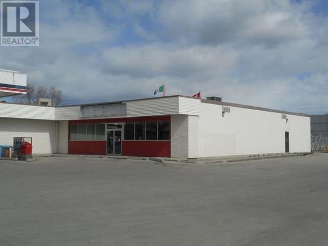 4221 4th Avenue, Whitehorse, Yukon  Y1A 1K2 - Photo 1 - 12562
