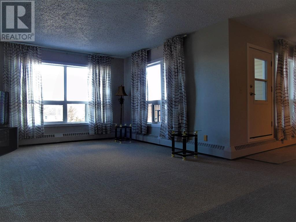 205 12 Ave Sw, Slave Lake, Alberta  T0G 2A4 - Photo 5 - AW52014