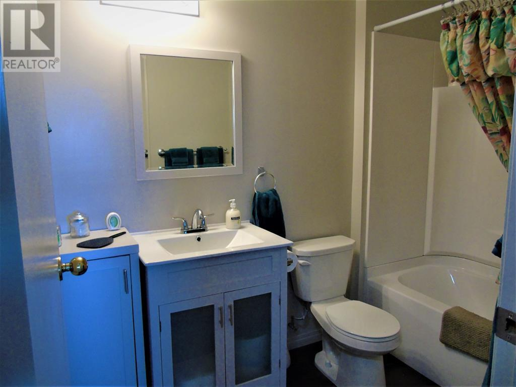 205 12 Ave Sw, Slave Lake, Alberta  T0G 2A4 - Photo 13 - AW52014