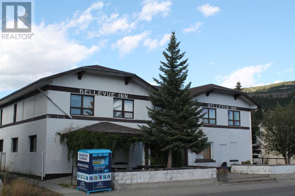2414 213 Street, Rural Crowsnest Pass, Alberta  T0K 0C0 - Photo 1 - LD0186032