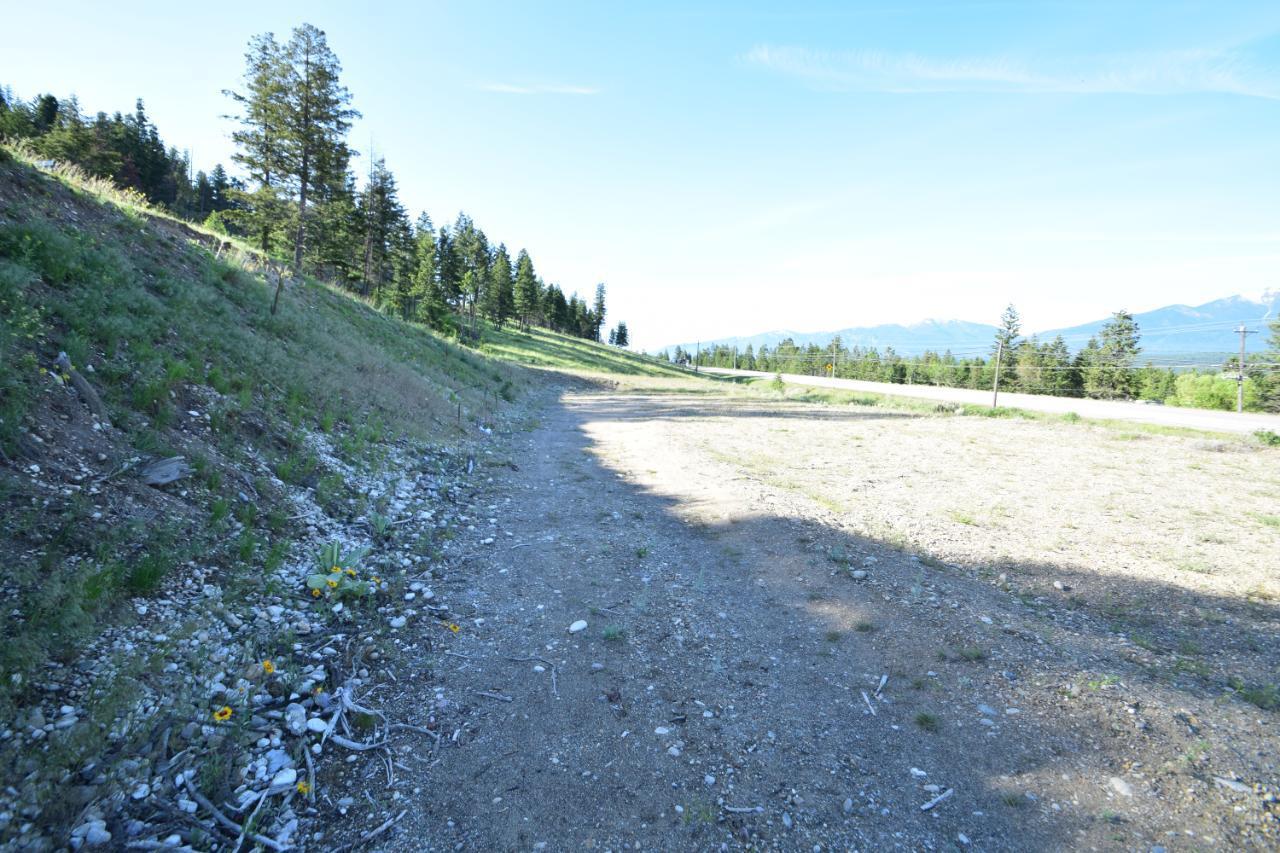 7585 Redstreak Park Road, Radium Hot Springs, British Columbia  V0A 1M0 - Photo 13 - 2454295