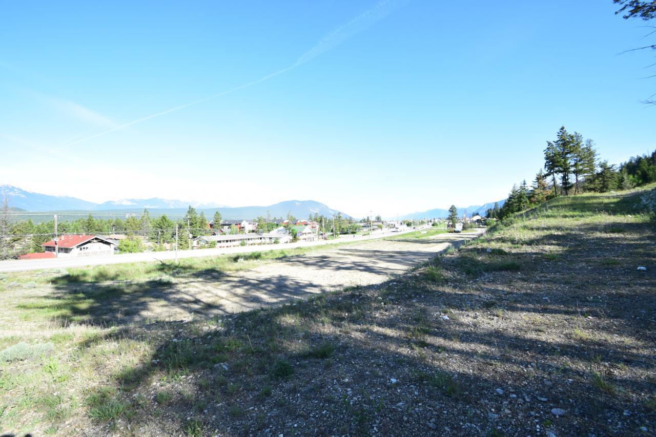 7585 Redstreak Park Road, Radium Hot Springs, British Columbia  V0A 1M0 - Photo 15 - 2454295