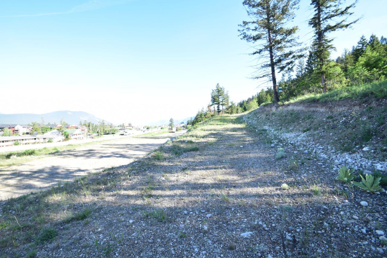 7585 Redstreak Park Road, Radium Hot Springs, British Columbia  V0A 1M0 - Photo 16 - 2454295