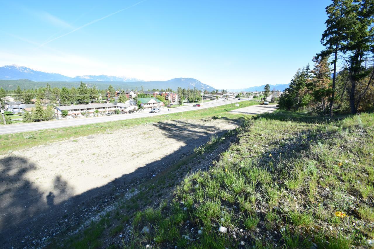 7585 Redstreak Park Road, Radium Hot Springs, British Columbia  V0A 1M0 - Photo 18 - 2454295