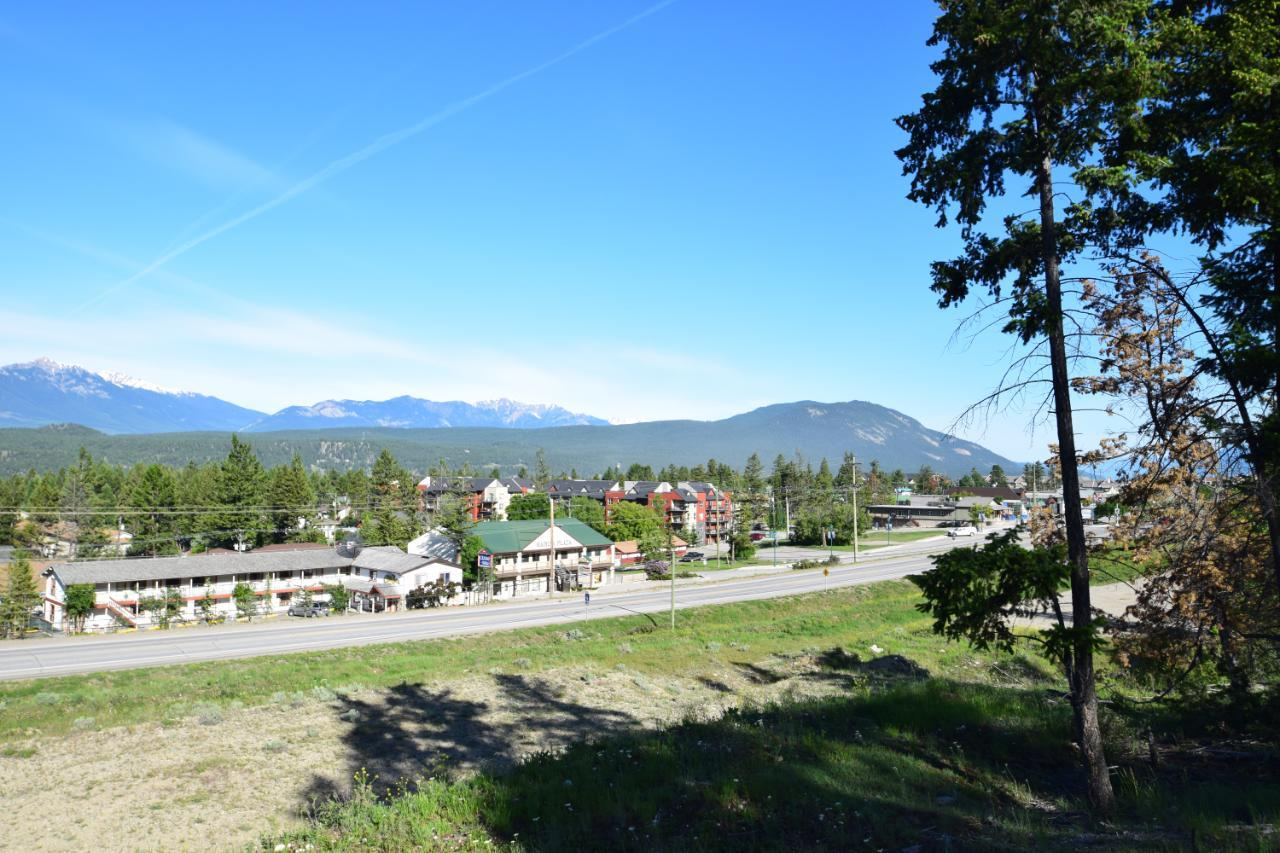 7585 Redstreak Park Road, Radium Hot Springs, British Columbia  V0A 1M0 - Photo 21 - 2454295