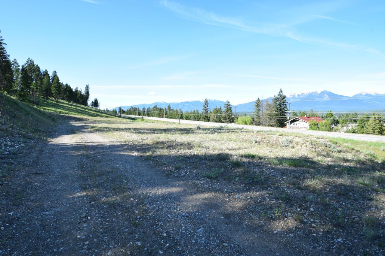 7585 Redstreak Park Road, Radium Hot Springs, British Columbia  V0A 1M0 - Photo 9 - 2454295