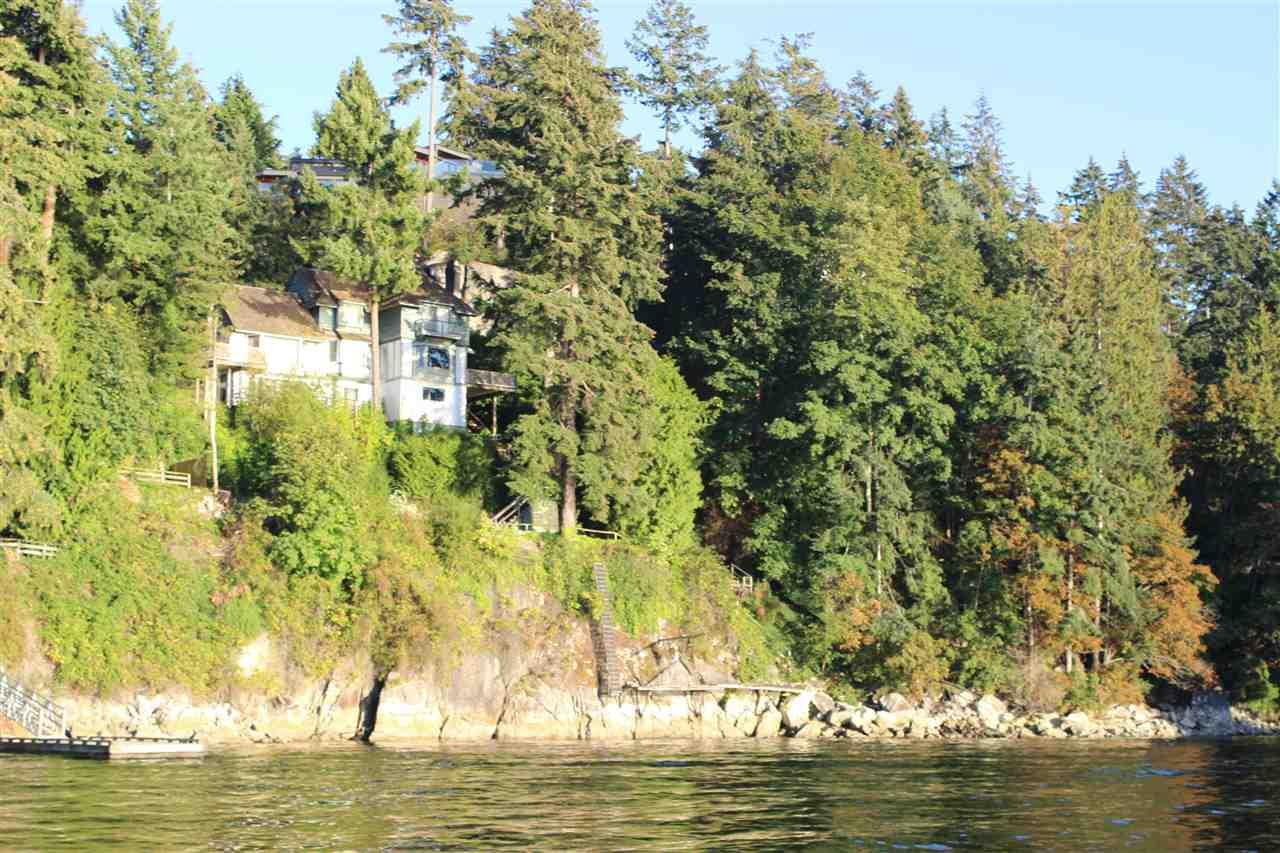5381 Kew Cliff Road, West Vancouver, British Columbia  V7W 1M3 - Photo 1 - R2433247