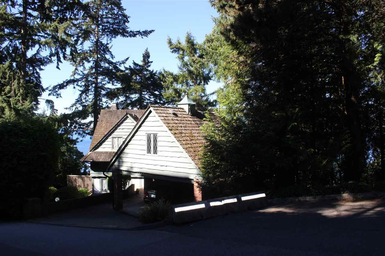 5381 Kew Cliff Road, West Vancouver, British Columbia  V7W 1M3 - Photo 5 - R2433247