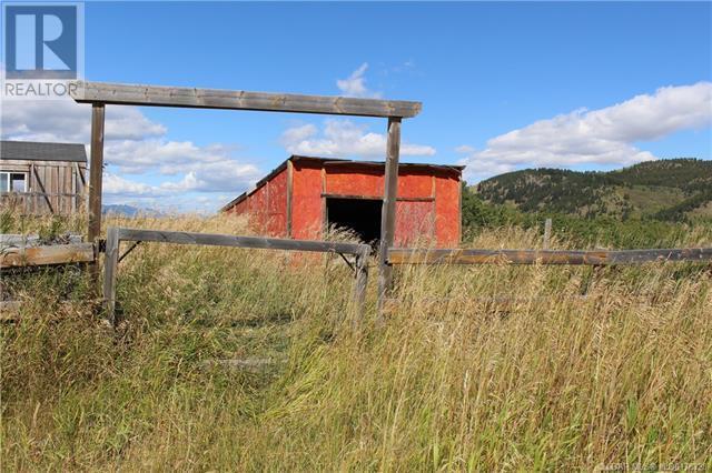 5505 Range Road 2-2, Beaver Mines, Alberta  T0K 1W0 - Photo 38 - LD0178328