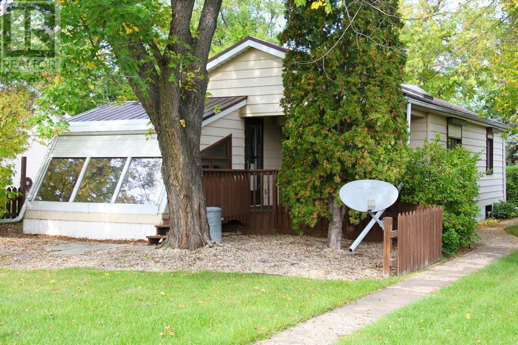 4827 52 Avenue, Viking, Alberta  T0B 4N0 - Photo 32 - CA0179884