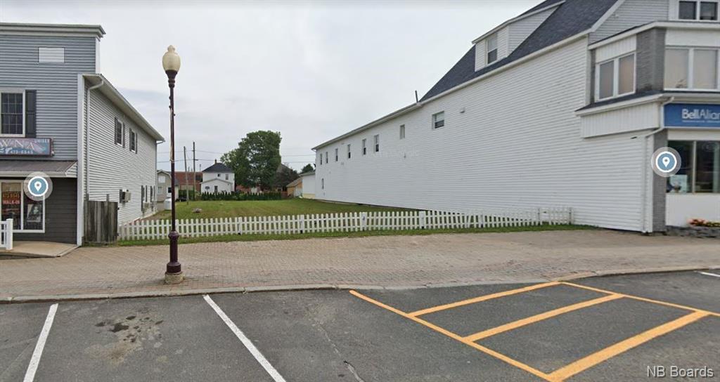 99 Broadway, Dsl De Grand-Sault/dsl Of Grand Falls, New Brunswick  E3Z 2J6 - Photo 1 - NB048612
