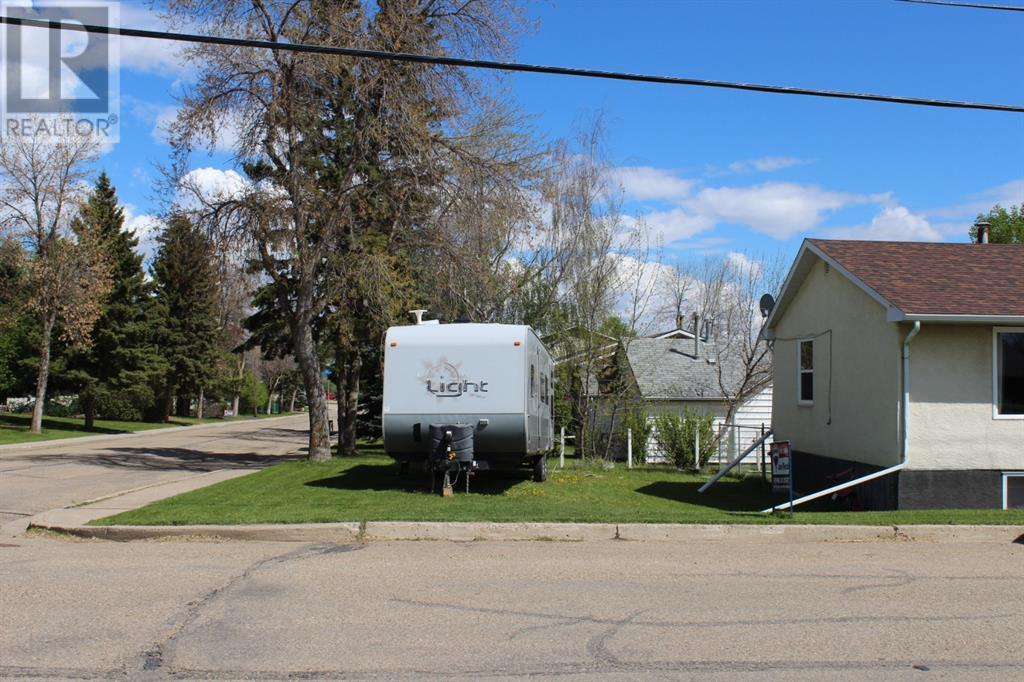 5023 60 Avenue, Ponoka, Alberta  T4J 1G1 - Photo 17 - CA0188056