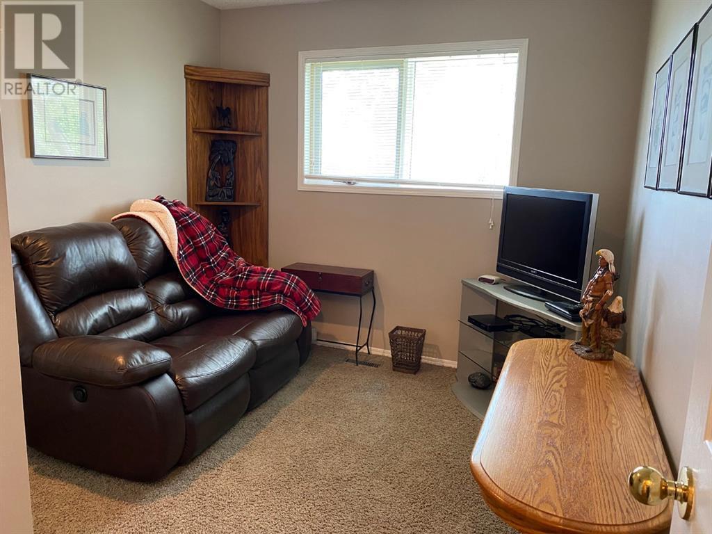 293 Jerry Potts Boulevard W, Lethbridge, Alberta  T1K 6J9 - Photo 17 - LD0193678