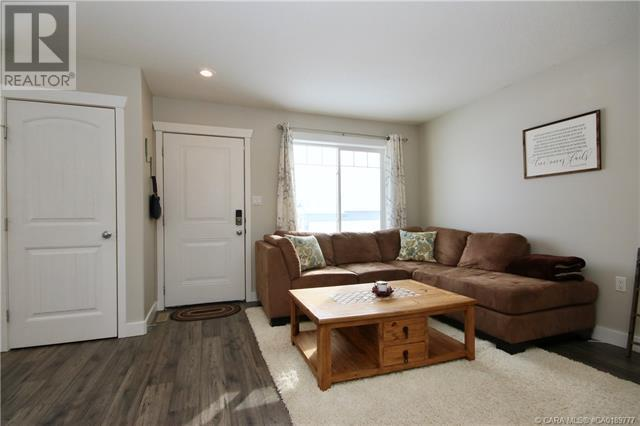 4410a 73 Street, Camrose, Alberta  T4V 5E1 - Photo 2 - CA0189777