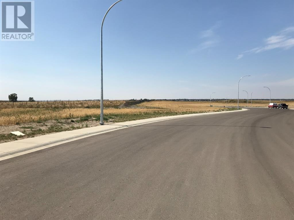 110 Sandstone Road S, Lethbridge, Alberta  T1K 8C9 - Photo 1 - A1037567