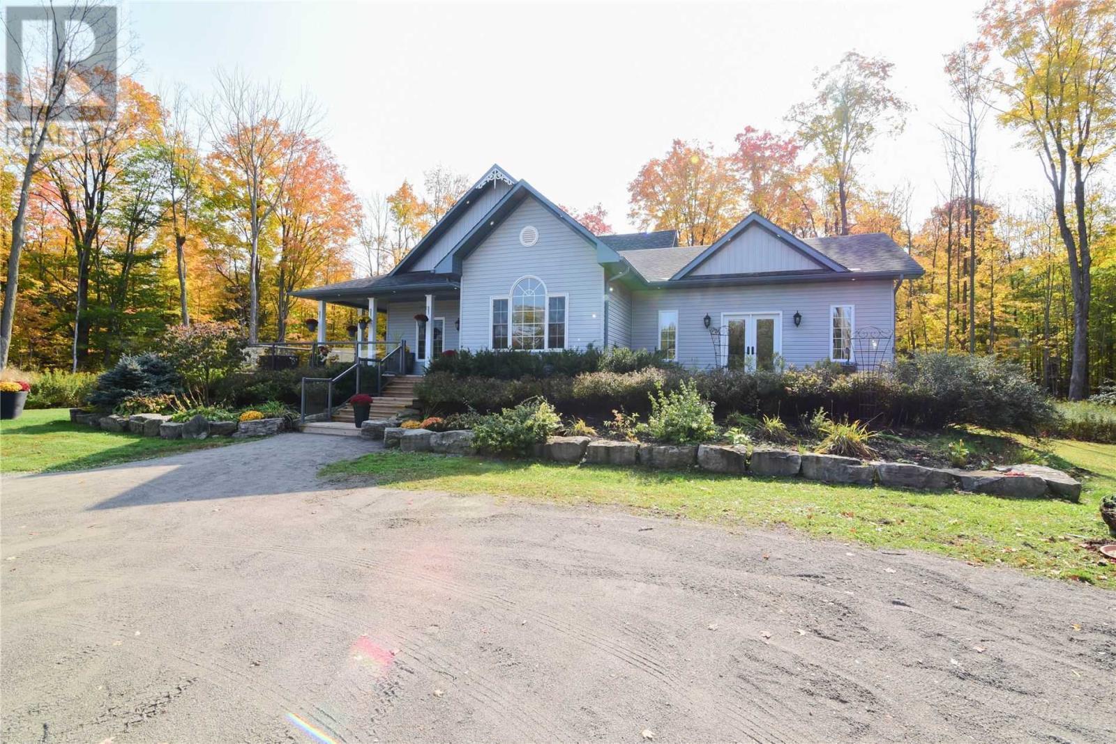 3591 Davis Dr, Whitchurch-Stouffville, Ontario  L4A 2K2 - Photo 4 - N4950692