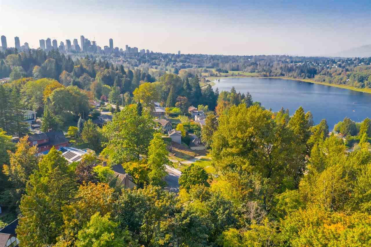 6716 Osprey Place, Burnaby, British Columbia  V5E 1X8 - Photo 6 - R2426056