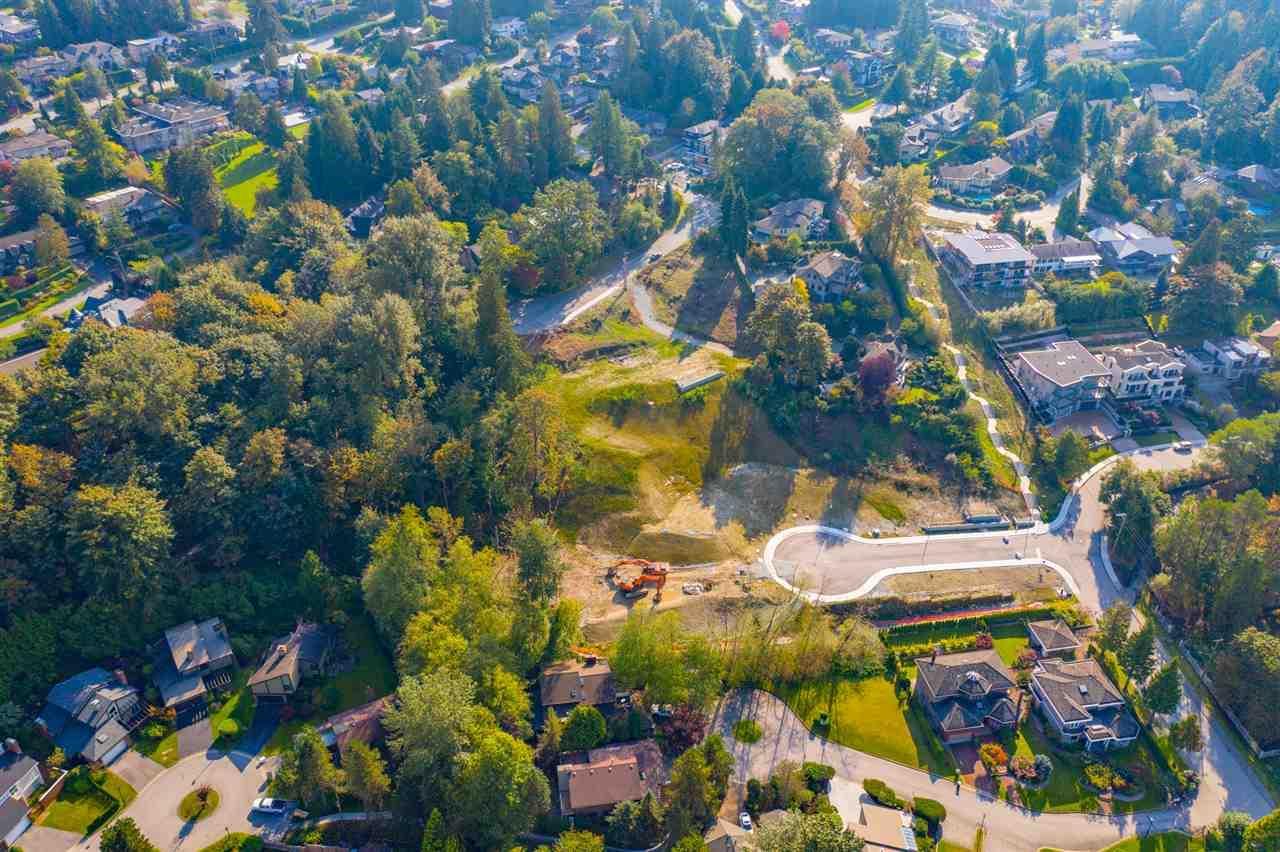 6716 Osprey Place, Burnaby, British Columbia  V5E 1X8 - Photo 11 - R2426056