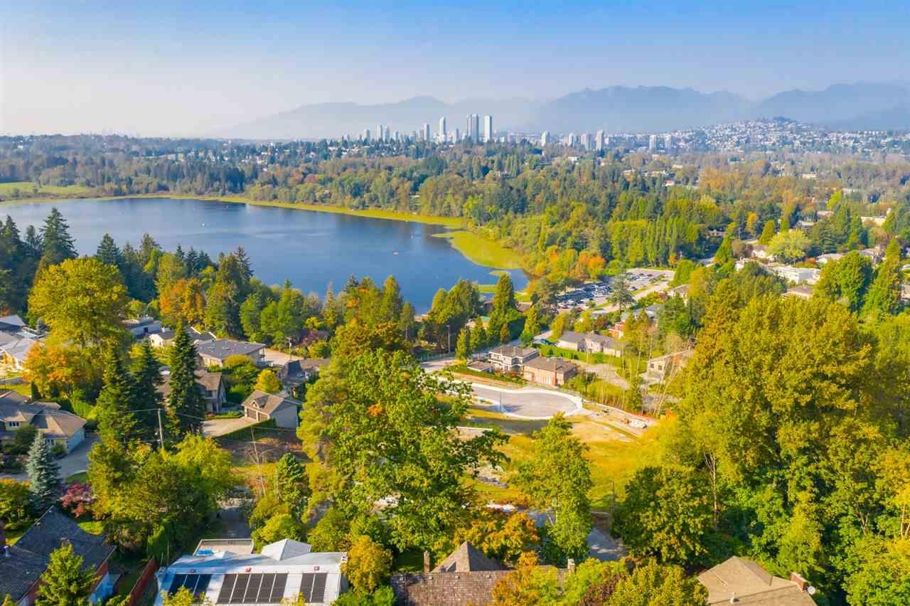 6716 Osprey Place, Burnaby, British Columbia  V5E 1X8 - Photo 2 - R2426056