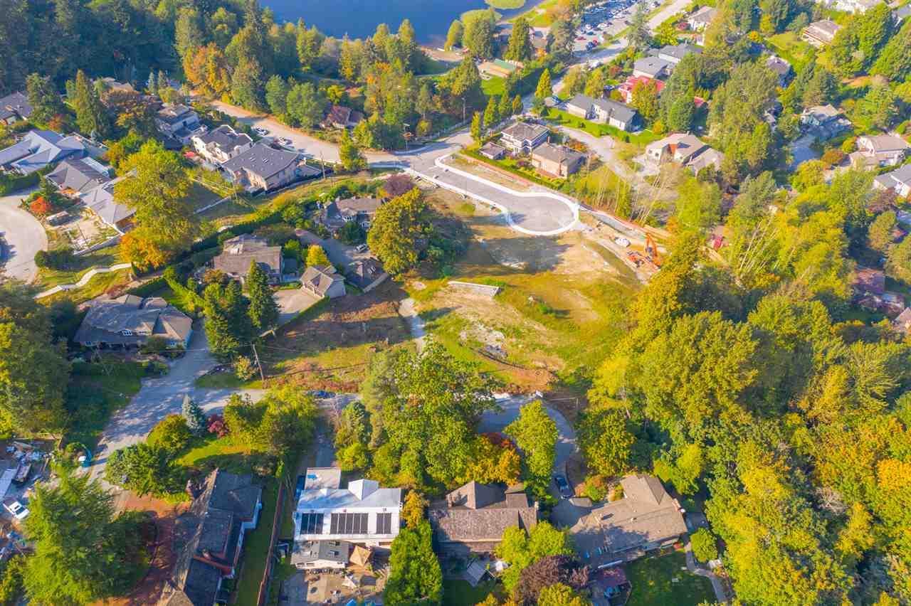 6716 Osprey Place, Burnaby, British Columbia  V5E 1X8 - Photo 4 - R2426056