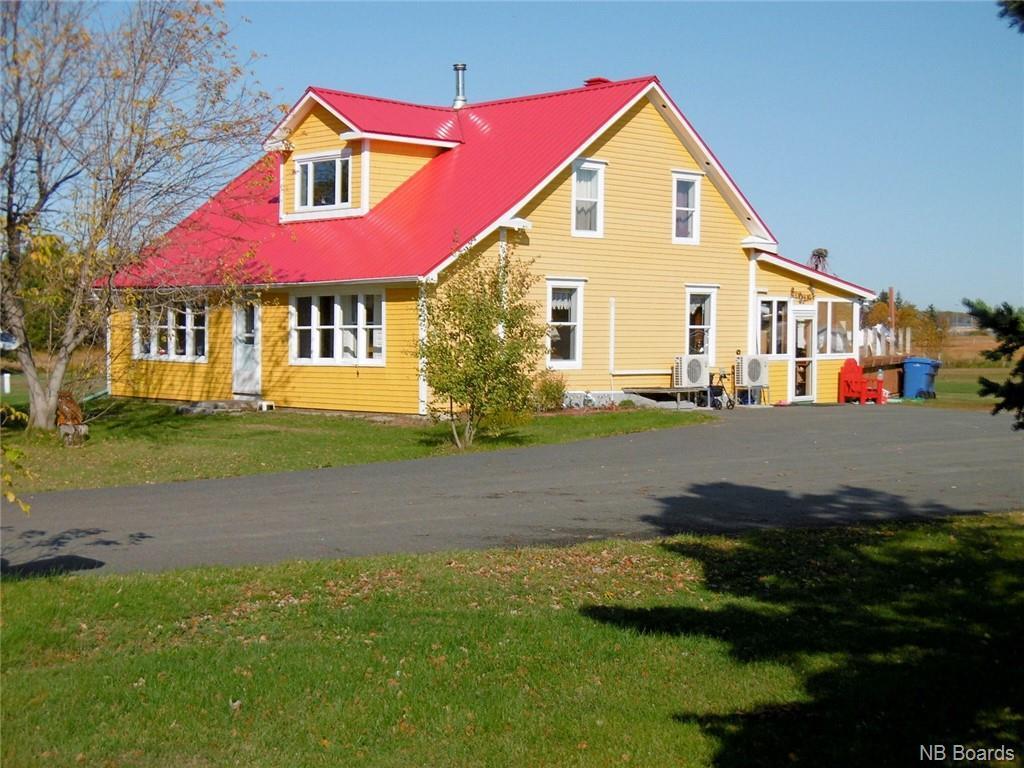 37 Chemin Point Campbell, Petit-Shippagan, New Brunswick  E8T 2Z1 - Photo 1 - NB050659