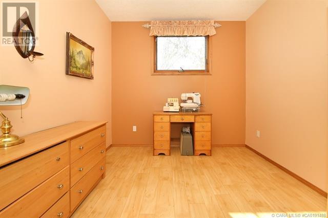 801 10 Avenue Ne, Three Hills, Alberta  T0M 2A0 - Photo 48 - CA0191488