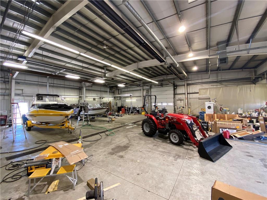 517 Service Rd N, Vulcan, Alberta  T0L 2B0 - Photo 15 - C4303310