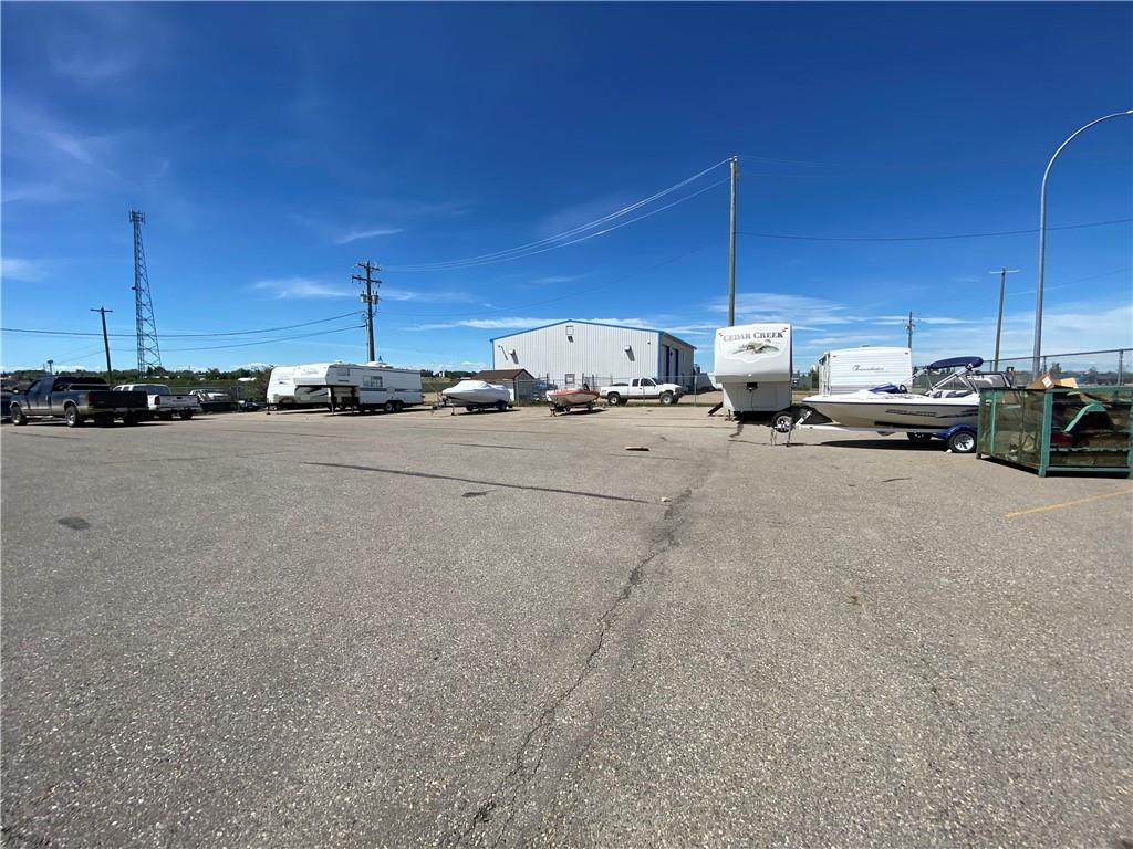 517 Service Rd N, Vulcan, Alberta  T0L 2B0 - Photo 3 - C4303310