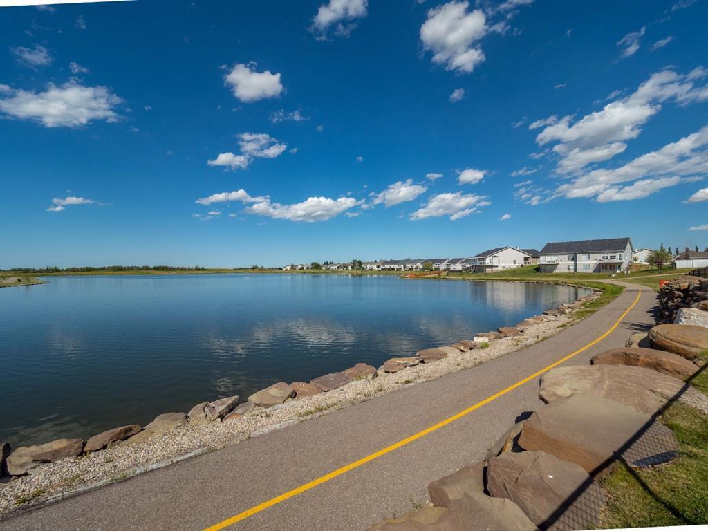 19 Lakes Estates  Circle, Strathmore, Alberta  T1P 0B7 - Photo 8 - A1028408