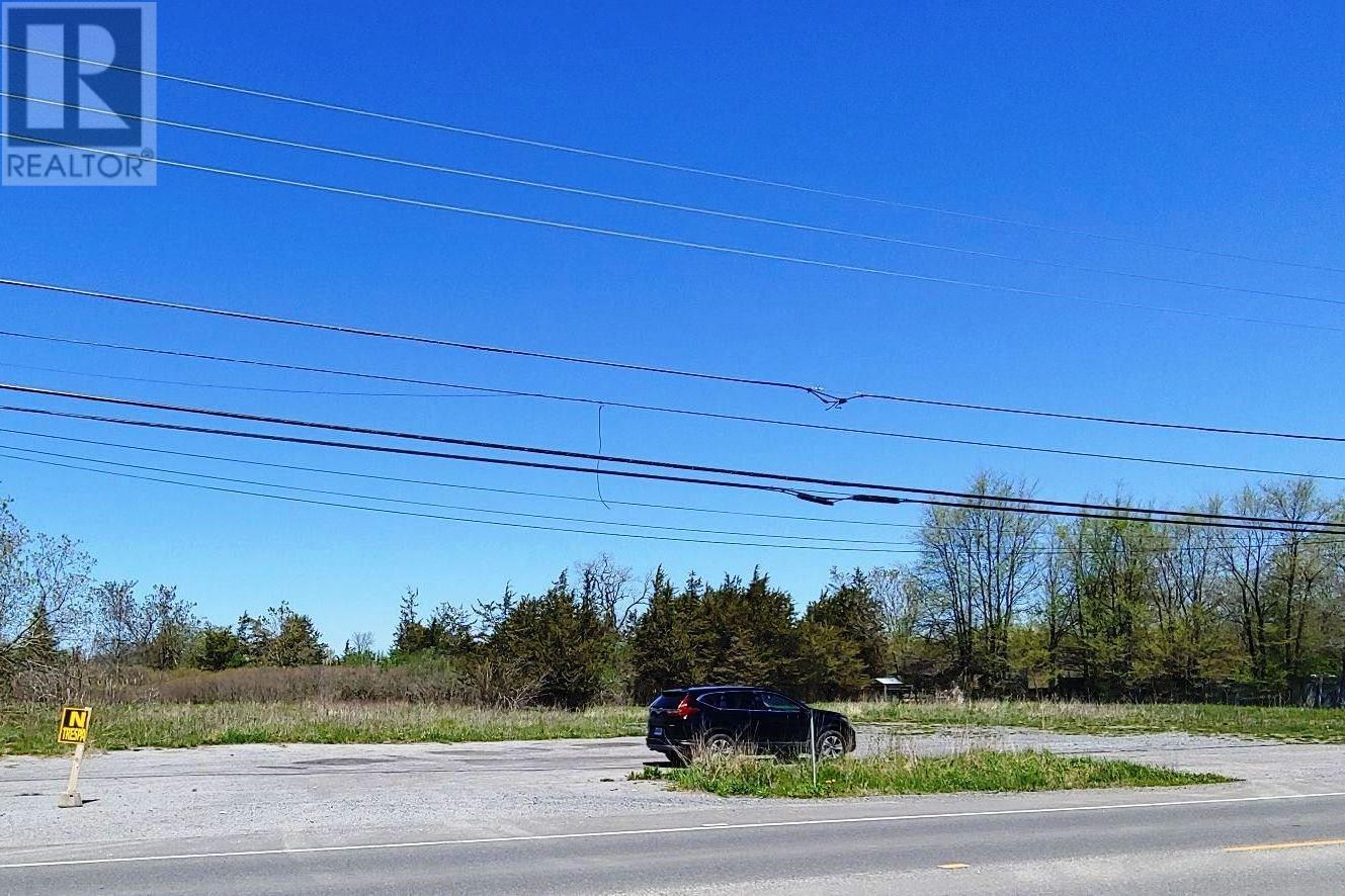 5011 Bath Rd, Bath, Ontario  K0H 1G0 - Photo 1 - K20006122
