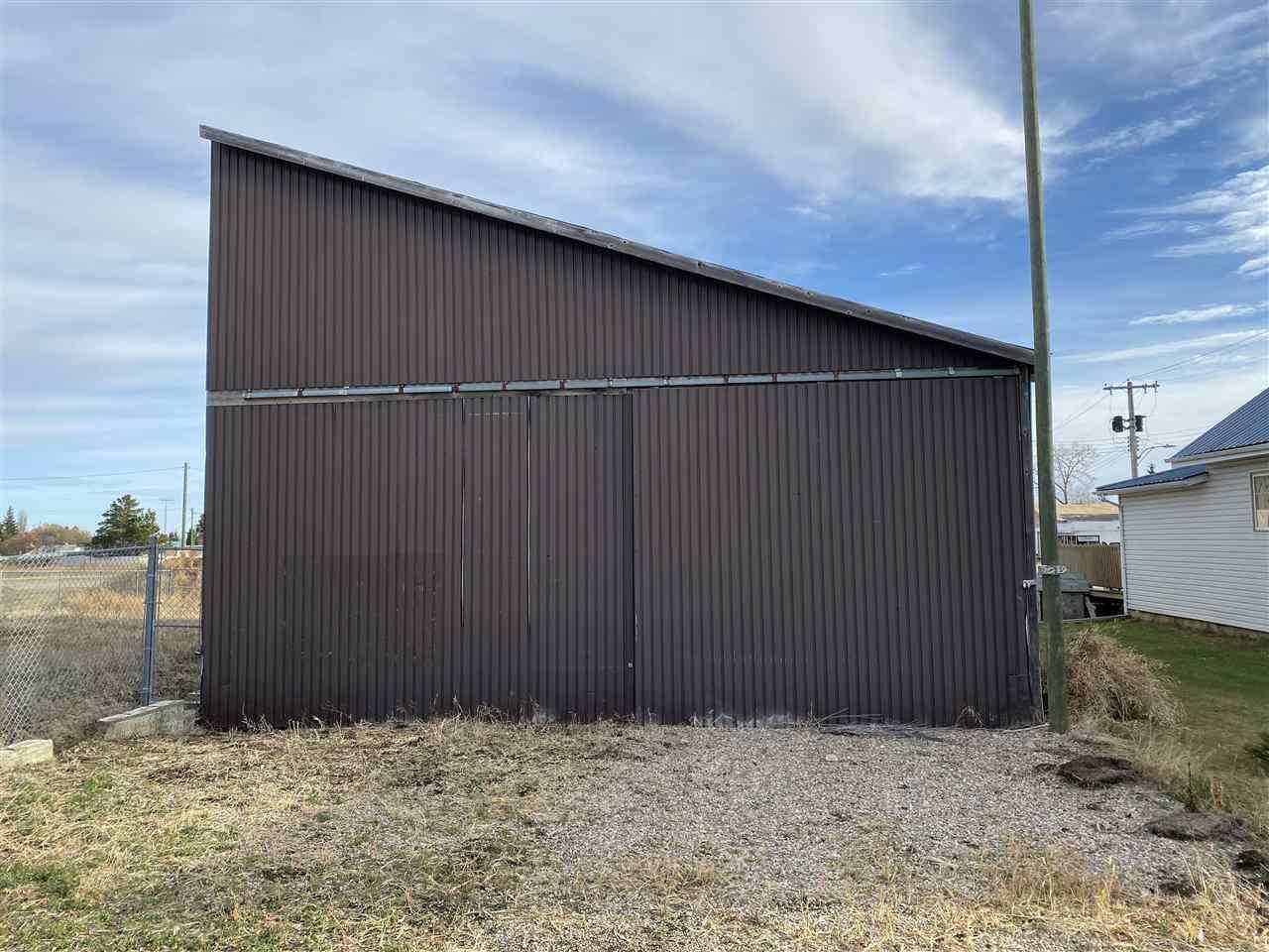 5019 53 St, Innisfree, Alberta  T0B 2G0 - Photo 2 - E4220925