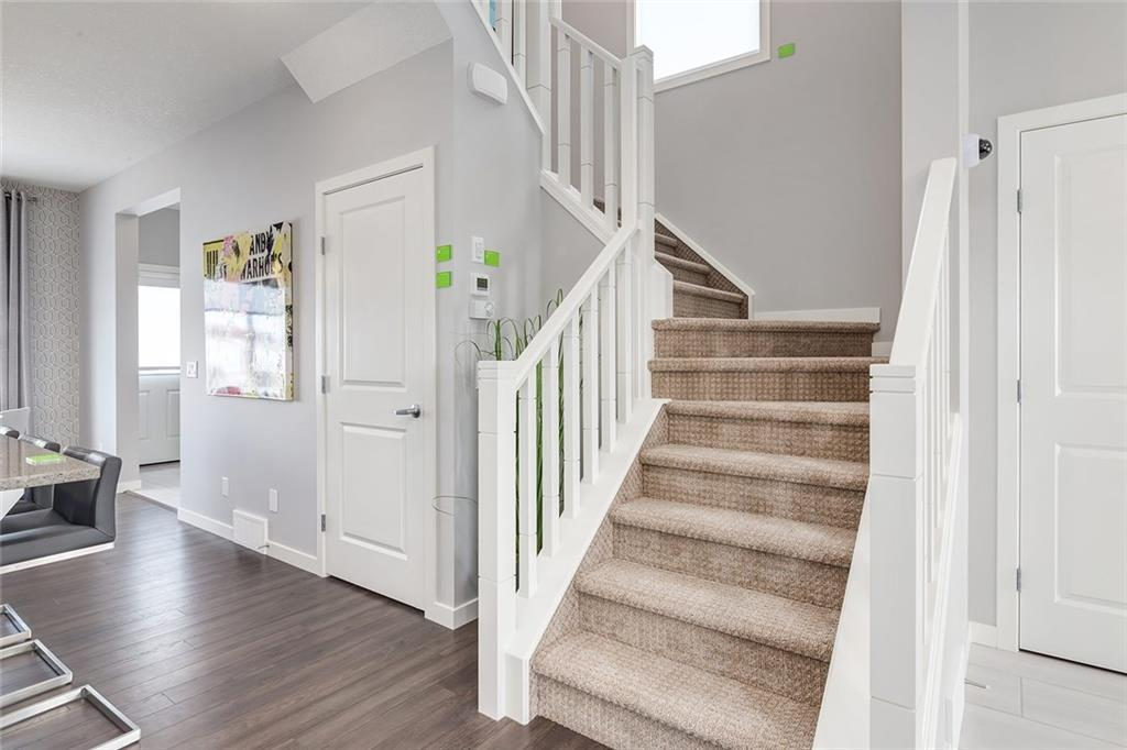 349 Chinook Gate Cl, Airdrie, Alberta  T4B 4V4 - Photo 11 - C4220847