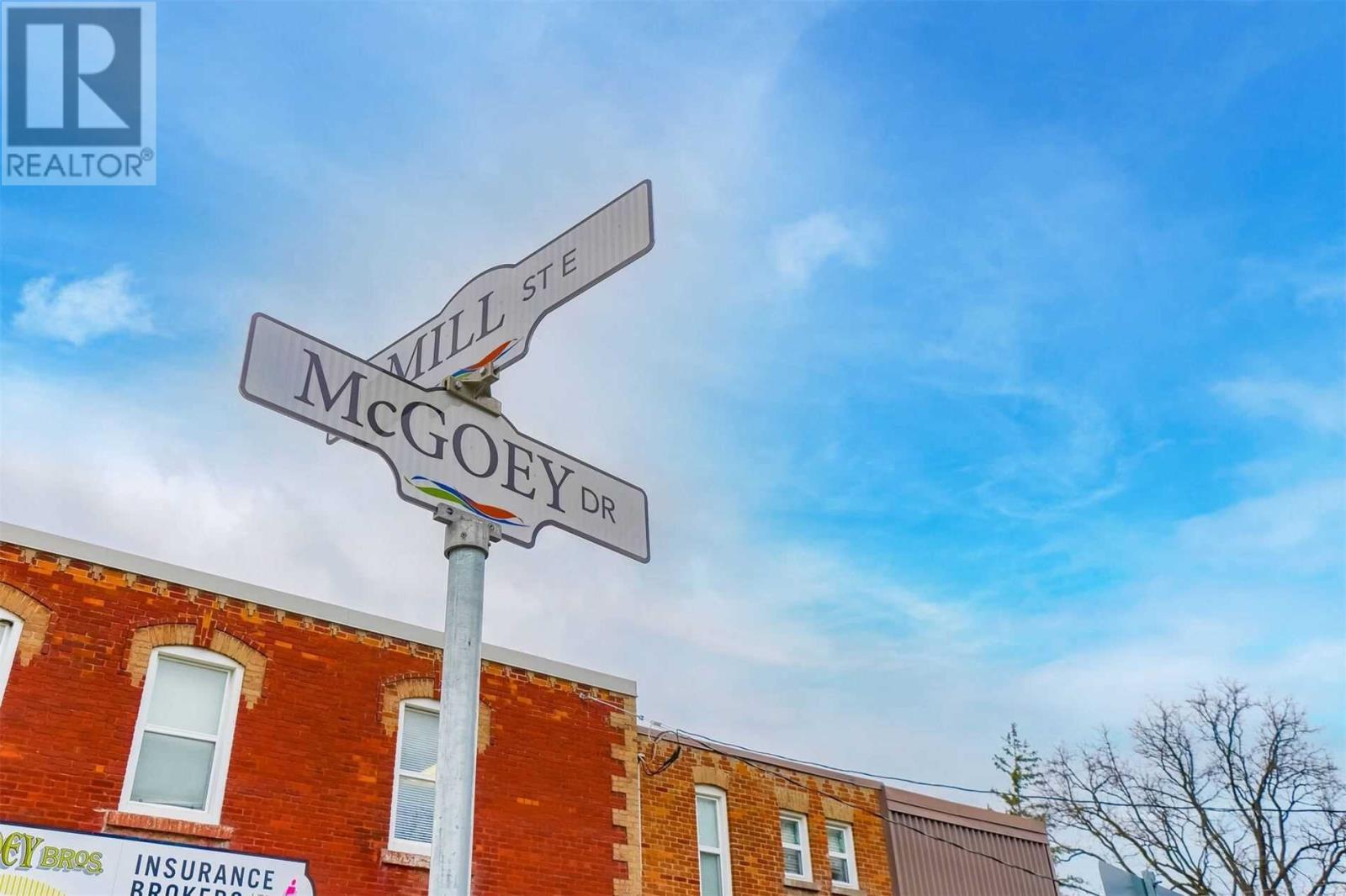 12 Mill St E, New Tecumseth, Ontario  L0G 1W0 - Photo 2 - N4993761