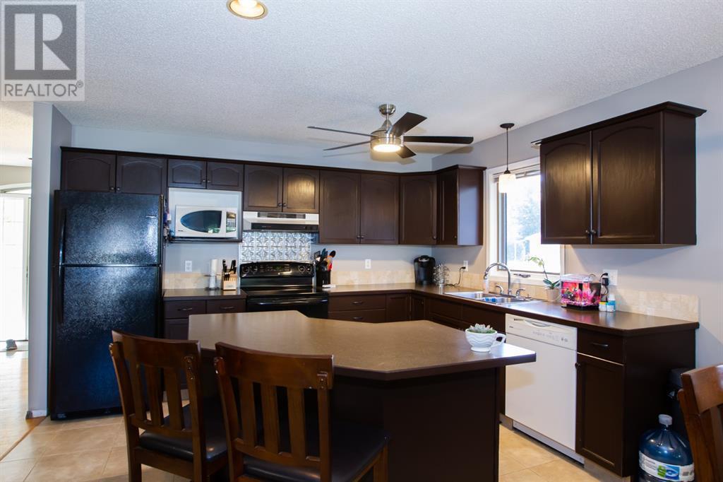 1230 Great Lakes Place S, Lethbridge, Alberta  T1K 6R6 - Photo 7 - LD0192577