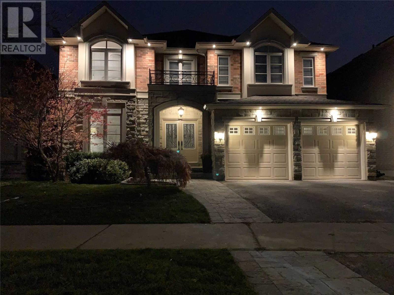303 Iredale Rd, Richmond Hill, Ontario  L4C 4L6 - Photo 1 - N4996615