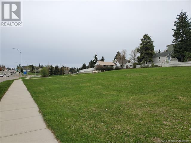 5403 48 Avenue, Camrose, Alberta  T4V 0J6 - Photo 6 - CA0193993