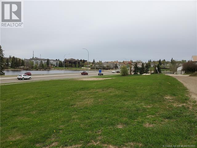 5403 48 Avenue, Camrose, Alberta  T4V 0J6 - Photo 7 - CA0193993