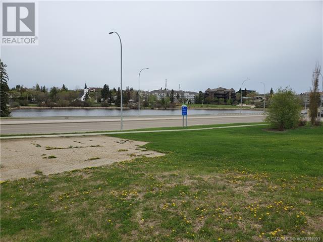 5403 48 Avenue, Camrose, Alberta  T4V 0J6 - Photo 8 - CA0193993